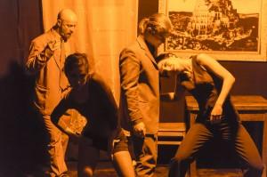 """In Clive's Hotel"" - Alwin Weber (Clive), Yamile Navarro (Valeska), Johannes Krobbach (Chris Isherwood), Julia Rani (Sally Bowles)"